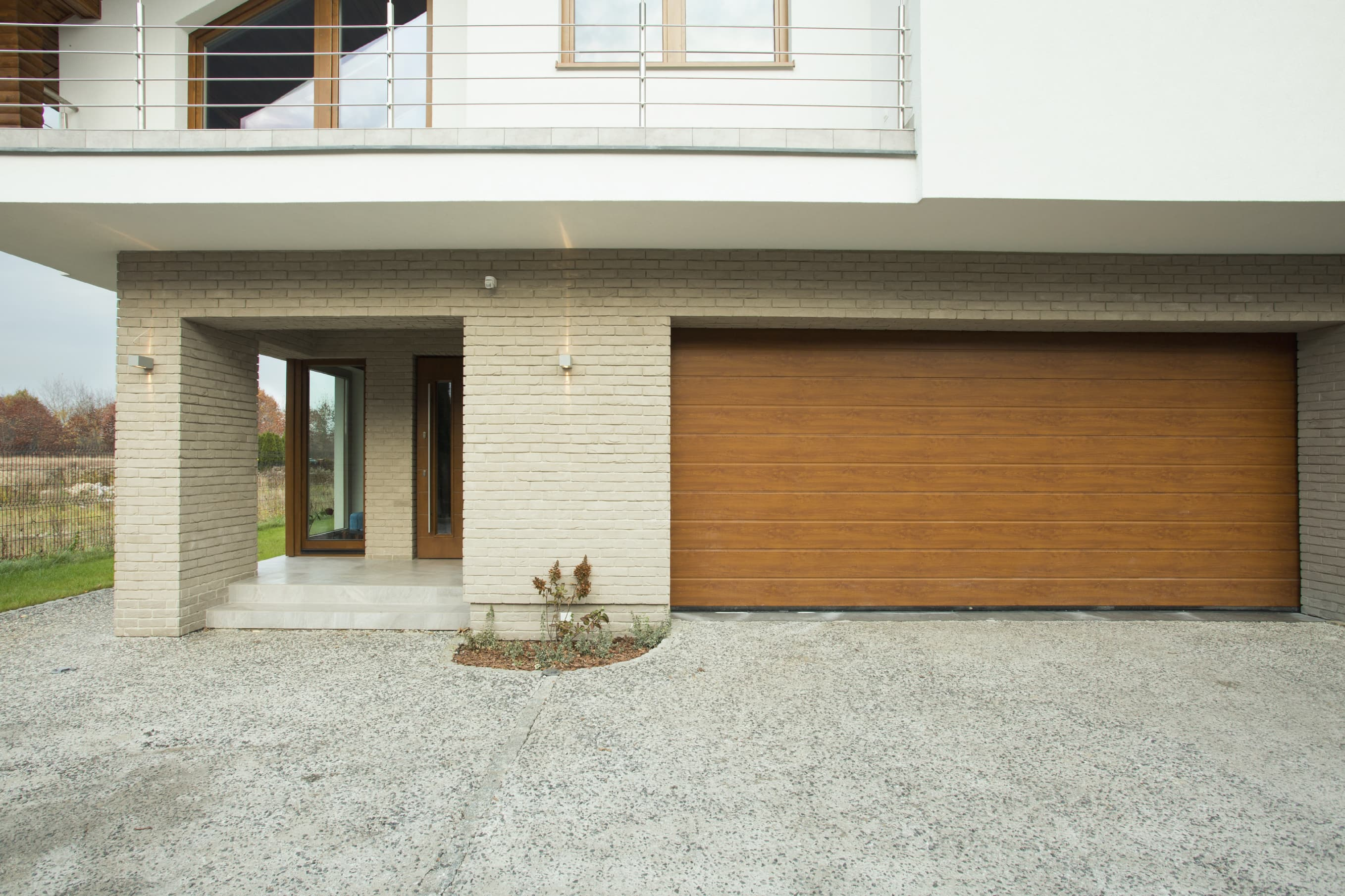 Commercial Amp Domestic Sectional Garage Doors Liverpool